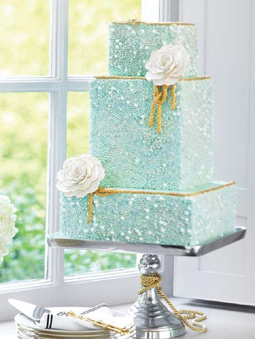 Squarish cakes 30