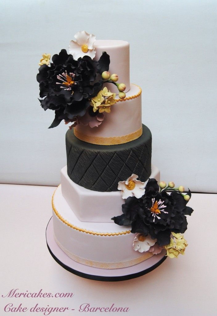 blackwhite and grey cakes 44